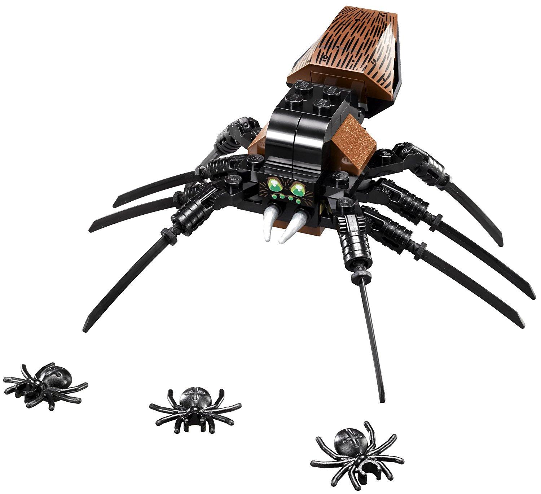 Die Acromantula Aragog aus dem LEGO-Set Hagrids Hütte 4738