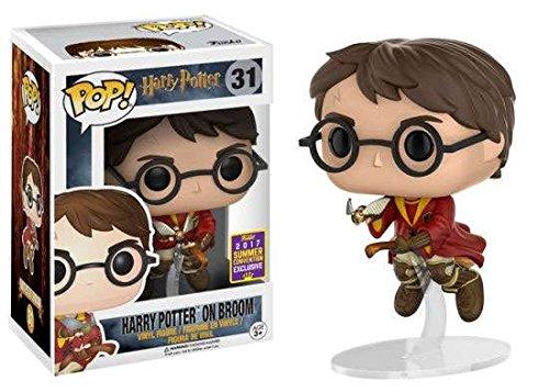 Funko Sammelfigur Harry Potter auf Besen mit Quidditch-Umhang und Schnatz